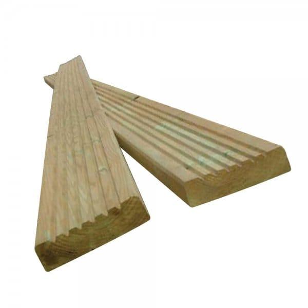 Deckboard for 6 metre decking boards