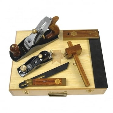 5 Piece Carpenters Tool Kit