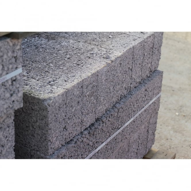 Pallet Alley Pallet of Beatsons Standard Concrete Block - UK